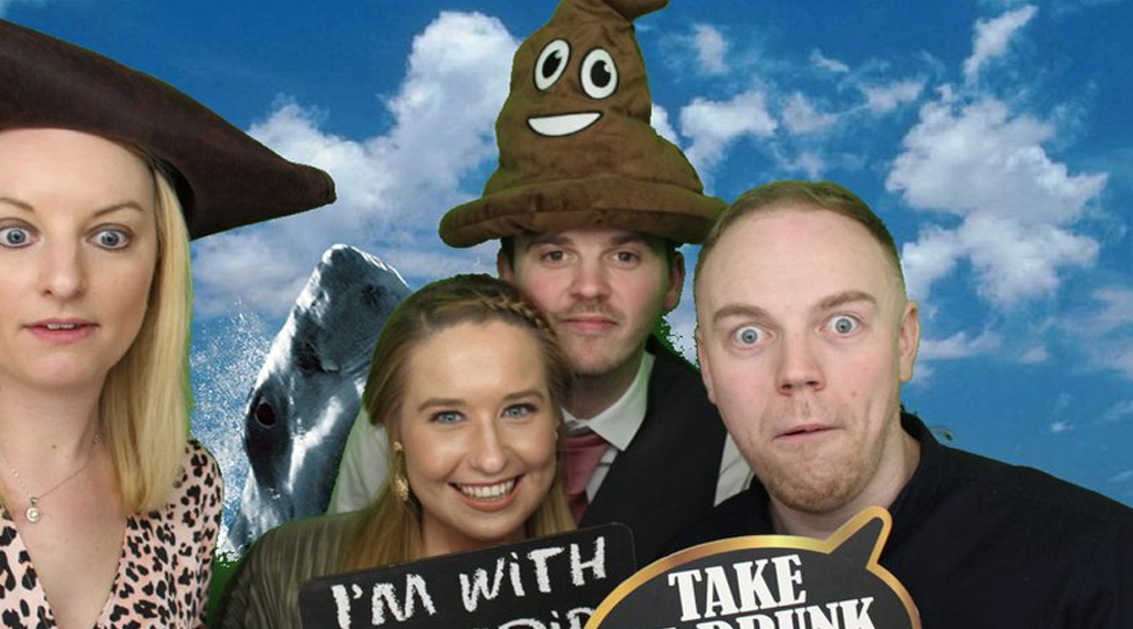 photo booth hire flintshire